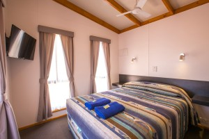 Euston Club Resort Cabin 12 bedroom
