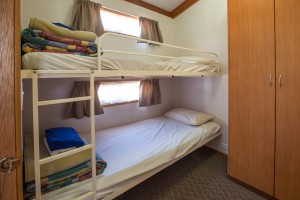 Euston Club Resort Cabin 8 bedroom bunks