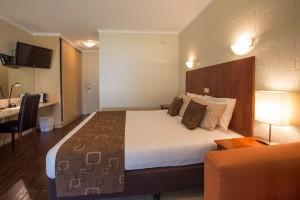 Euston Club Motel Room 21 Executive
